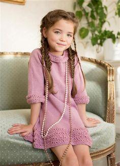 """1401: Modell 4 """"Tornerose"""" kjole #strikk #eventyr #sisu"""