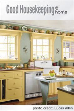 Cool yellow kitchen