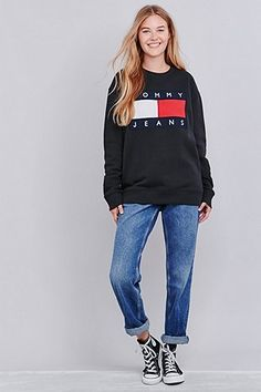 UO Exclusive Tommy Jeans Black Crew Neck Sweatshirt - Urban Outfitters