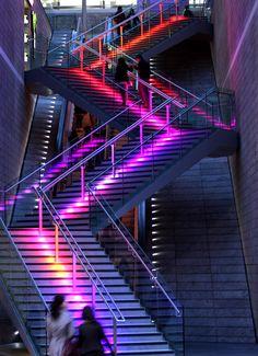 Interior discoteca ivanhoe 3 0 proyectos contract pinterest discotecas ideas de dise o y - Discoteca ozona madrid ...