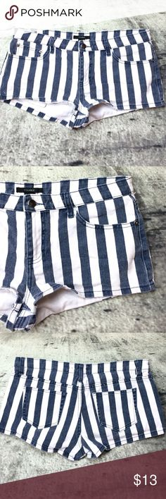 "Forever 21 striped shorts Forever 21 striped shorts  100% cotton inseam 2"" rise 9"" Forever 21 Shorts Jean Shorts"