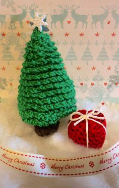 Little Christmas Tree - Free Amigurumi Pattern here: http://amigurumibarmy.blogspot.co.uk/2014/12/advent-calender-9.html  Red Christmas Present Free Pattern here: http://amigurumibarmy.blogspot.co.uk/2014/12/advent-calender-9.html