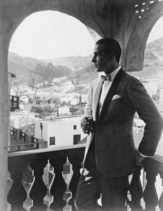 Valentino--I'll take one of HIM, on the balcony, TO GO, pleasethankyou.