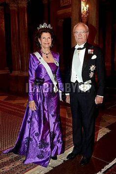 Queen Silvia wore this tiara for a Representatives Dinner in December 2013.