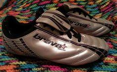 Brava Soccer Womens Cleats sz 7 Sports Shoes Ladies Athletic Lace Up Traction  #Brava