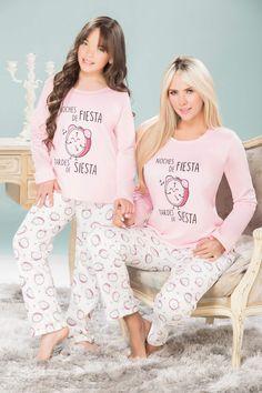 Resultado de imagen para pijamas de niñas 2018 Onesies, Graphic Sweatshirt, Sweatshirts, Sweaters, Baby, Clothes, Fashion, Sleepover, Pajamas For Girls