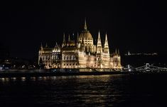 budapest danube river cruise hungarian parliament building lexaonthemove