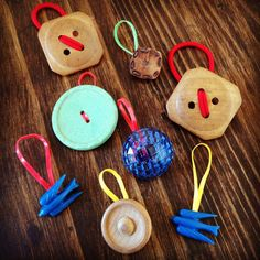CREATE … hairbands using vintage buttons | a simple birthday gift | Five and One
