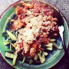 "Ground Turkey Meat Sauce over Zucchini ""pasta"" this is SO good! Will have to fill out plate more the next time by adding cabbage or something Soy Milk Nutrition, Grape Nutrition, Spinach Nutrition Facts, Pasta Nutrition, Nutrition Store, Chocolate Nutrition, Zucchini Dinner Recipes, Turkey Recipes, Meat Recipes"