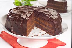 Torta de  chocolate y dulce de leche        Para leer su receta, hacé click en la imagen.  #recetas #chocolate #Aguila