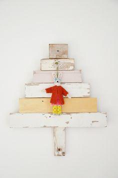 (via wood & wool stool: tree of the day)