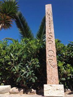 """The last Gianni Fano' handicraft. #spiaggiapanfilo. #sculpture is a matter of life. L'ultimo lavoro del maestro in noce di travertino. """"A cavallo tra l'immutata storicità della tradizione e la forza del rinnovamento rappresentata dalla scure bipenne""""  Altezza: 1'20m"""