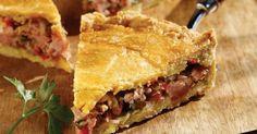 Πίτα σπετσοφάι από την Αργυρώ Μπαρμπαρίγου | Χορταστική πίτα με σπιτική ζύμη και χωριάτικα λουκάνικα, για όσους αγαπούν τις ιδιαίτερες πικάντικες γεύσεις!