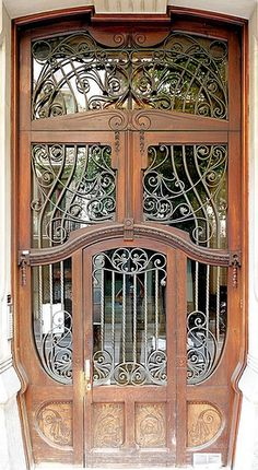 Door - Barcelona <3