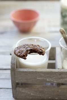 Chocolate brownie cookies  www.foodandcook.net