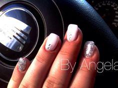 #white #silver #glitter #rhinestones #nail #art #elegant