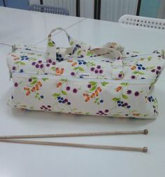 bolsa labores primaveral Crafty, Sewing, Bag, Purse, Couture, Fabric Sewing, Sew, Stitching, Bags
