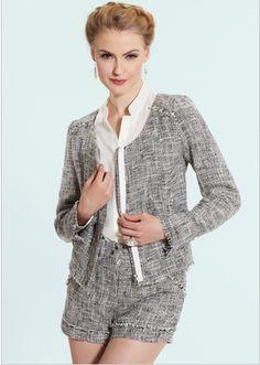 Feminine short suit