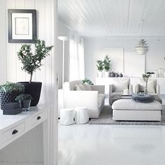 Livingroom _______________________________________________