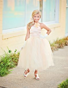 Peach Flower Girl Dress with Tulle Skirt--Girls Formal Wear-Peach Ivory Cream-Perfect for Weddings or Portraits-----Afternoon Tea