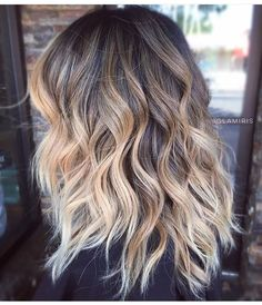 Videos about hair, blonde and brunette on we heart it - the app to get lost Blonde Pixie Hair, Brown Blonde Hair, Blonde Lob, Auburn Hair Balayage, Ombre Hair, Color Correction Hair, Hair Doo, Cool Hair Color, Hair Colour