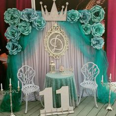 Craft show booth idea for a wedding trade show or make the table bigger and display handmade products on it