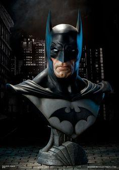 Bustos fodônicos e em tamanho real do Batman   SuperVault