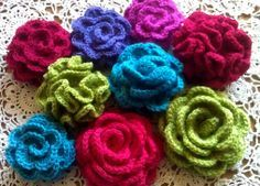 These crochet flowers are so pretty and this website has some incredible flower designs.  The website is all in Dutch, but it can be translated into English by using the Google Translate tool at the top of the page.