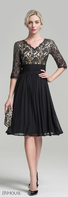 Knee-length Jersey mother of the bride dress is probably one of the most popular dresses for weddings! View more at JJ's House! Mother Of Groom Dresses, Mothers Dresses, Mother Of The Bride Dresses Knee Length, Mob Dresses, Bridesmaid Dresses, Formal Dresses, Dress Outfits, Fashion Dresses, Dress Up