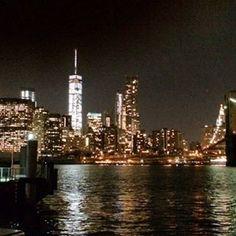 Instagram【travelgram_canal_tokyo】さんの写真をピンしています。 《New York #ny #nyc #ニューヨーク #旅行好きな人と繋がりたい #旅好きな人と繋がりたい #newyork #newyorkcity #manhattan #nightview #night #bridge #illumination #夜景 #architecture #building #trip #travel #travelgram #view #landscape #landscape_captures #bayarea #ig_travel #ig_world #river》