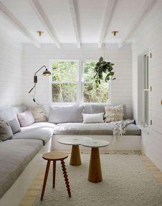 For home, narrow rooms, narrow living room, small tv rooms, small spa Small Living, Living Spaces, Living Rooms, Cozy Living, Modern Living, Tv Rooms, Game Rooms, Les Hamptons, Built In Sofa