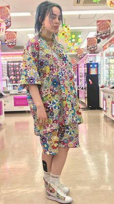 25 pruebas de que Billie Eilish también fue, es y será icono de moda Billie Eilish, Takashi Murakami, Album Cover, Mode Outfits, Me As A Girlfriend, Belle Photo, Style Icons, My Girl, Streetwear