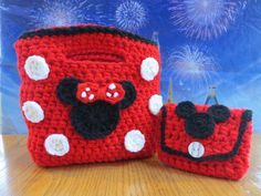 Minnie Mouse Purse with a Mickey Mouse Coin by Acrochetaddiction, $32.50