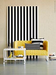 Knopparp 2-sits soffa med grå eller gul quiltad klädsel på en stadig stålstomme 599 kr