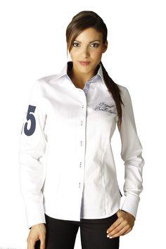 Cette chemise femme manches longues blanche est parfaite pour un look sport  chic. Vous noterez 7dea4f683413