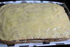 "Prajitura ""pacatul dulce"" | MiremircMiremirc Deserts, Cheese, Food, Sweets, Romanian Recipes, Essen, Postres, Meals, Dessert"