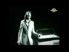 Hurricane Smith performs Oh babe what would you say Rare Original Footage 1972 - YouTube
