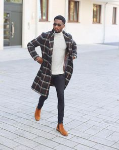 Mens winter fashion - Fashion Bomber of the Day Pierre from Germany – Mens winter fashion Swag Outfits Men, Stylish Mens Outfits, Black Men Street Fashion, Mens Fashion, Fashion News, Black Men Casual Fashion, Fashion Shorts, Fashion Coat, Style Fashion