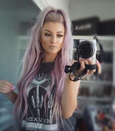 WEBSTA @ lolaliner - Hair is Toned using silver and pink for everyone asking 😘Camera in previous post Purple Hair, Ombre Hair, Purple Lilac, Hair Inspo, Hair Inspiration, Lavender Hair, Pretty Hairstyles, Braid Hairstyles, Hairstyle Ideas