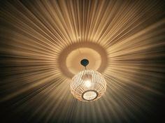 Magisch licht op mijn slaapkamer.. Bamboe lamp van Xenos ✨