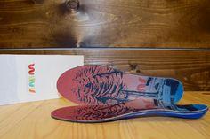 Individuell angepasste Schuhsohlen im 3D-Druck Verfahren hergestellt.