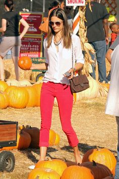 Alessandra Ambrosio Skinny Jeans - Alessandra Ambrosio Looks - StyleBistro