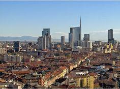 reportages: Anche MILANO spazzata dal vento, 300 chiamate ai pompieri: Ma che bel cielo...