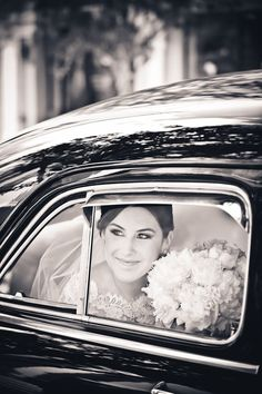 Bride in vintage Car waiting to go into ceremony, Wedding Photography, Miami Wedding, Gesu, Photo By Simply Captivating