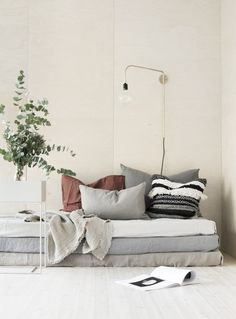 my scandinavian home: Beautiful nude and white shades in Finland Home Interior Design, Interior Styling, Interior Architecture, Interior And Exterior, Interior Decorating, Estilo Interior, Living Spaces, Living Room, Scandinavian Home
