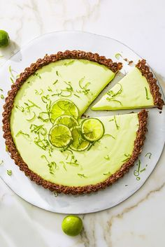 Cocoa-Nutty Lime Tart: Speaking of no-cook, this creamy no-bake filling and crumbly gluten-free graham cracker crust makes this lime tart almost too good to be true. Click through for more fresh fruit desserts! Fresh Fruit Desserts, Great Desserts, Dessert Recipes, Spring Desserts, Passover Desserts, Lemon Desserts, Delicious Desserts, Tart Recipes, Cookbook Recipes
