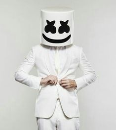 Marshmello Costume, Marshmello Dj, Dj Alan Walker, Daft Punk, Marshmello Wallpapers, Funny Instagram Memes, Itslopez, Star Wars Vii, Smoke Photography