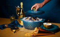 Official Le Creuset online store for top-of-the-range cookware, colourful stoneware and outstanding wine accessories. Le Creuset, Expensive Champagne, Coconut Milk Chicken, Beetroot Soup, Cauliflower Puree, Night Food, Mood, Creative Food, Fine Dining