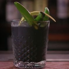 This activated charcoal low-calorie cocktail recipe is delicious! This will soon be your favorite alcoholic beverage as soon as you try it! Entertain with this cocktail for friends and family to enjoy or make this tasty drink after dinner for a low-calorie treat.