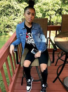 Look at more ideas about Styles clothes, Plunder outfits and Woman style. Tomboy Outfits, Chill Outfits, Teenager Outfits, Dope Outfits, Swag Outfits, Trendy Outfits, Summer Outfits, Beach Outfits, Urban Fashion